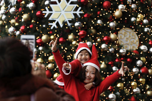 China-Christmas-Santa_claus